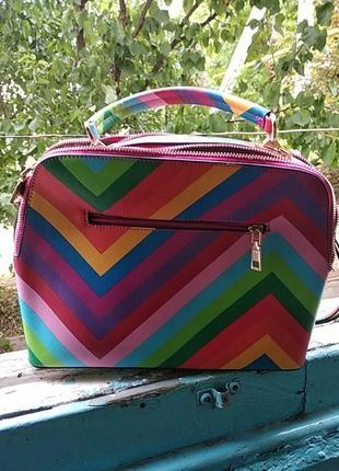 Яркая летняя сумочка.