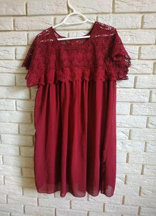 Милое свободное шифоновое платье с кружевом
