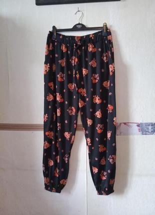 Комфортные штаны в цветочный принт батал размер 18