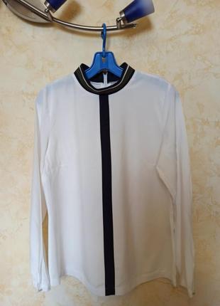 Шикарная базовая блузка ,вискоза