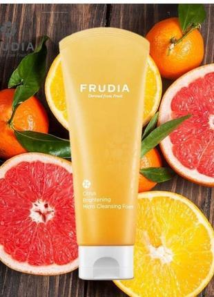 💨🍑пенка суфле  для лица frudia citrus brightening micro cleansing foam, 145 ml