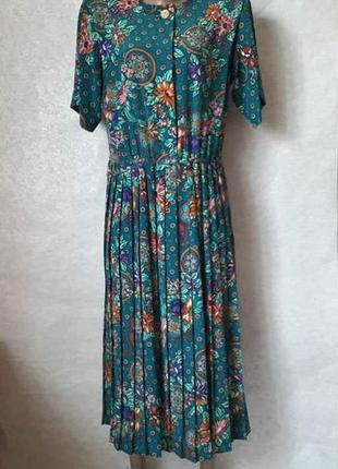 Новое нарядное платье цвета бирюза в цветочный принт и юбкой плиссе, размер с-м