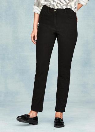 Удобные прямые черные джинсы из плотного денима, демисезон р.16
