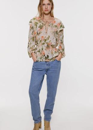 Цветочная блузка с рюшами оборками блуза с объёмными рукавами шнуровкой