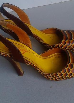 Итальянские туфли под рептилию натуральная кожа
