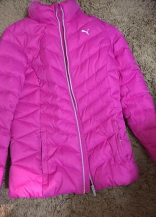 Розовая куртка puma