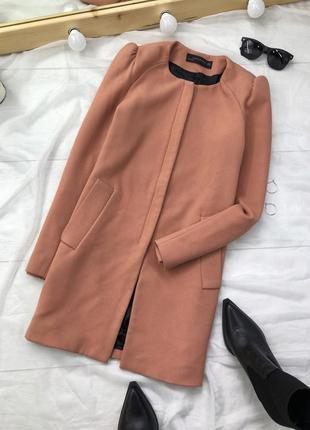 Пальто кольору пильної рози zara