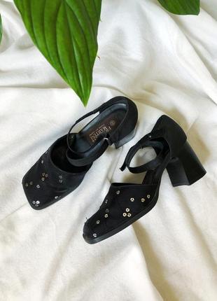 Винтажные туфли босоножки тренд 2020