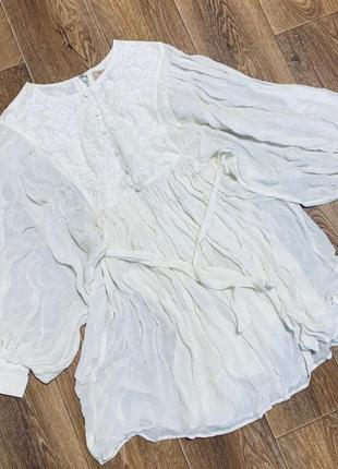 Белое лёгкое платье с объемными рукавами river island