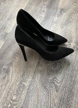 Замшевые туфли minelli 39p