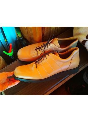 Фирменные качественные туфли
