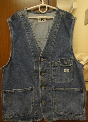 Продам мужскую джинсовую жилетку от calvin klein jeans оригинал!!!