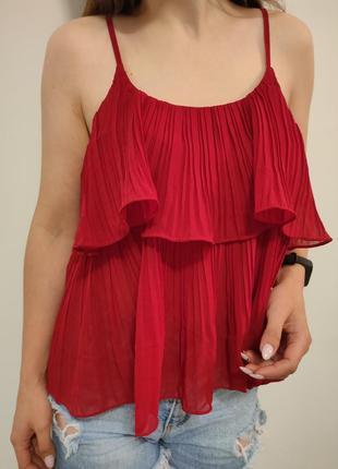 Шикарная красная плиссированная блузка майка