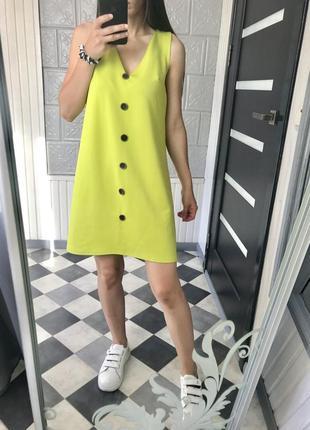 Актуальное платье на пуговицах сукня мини платья трендовое