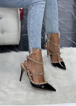 Брендові туфлі з шипами loslandiven