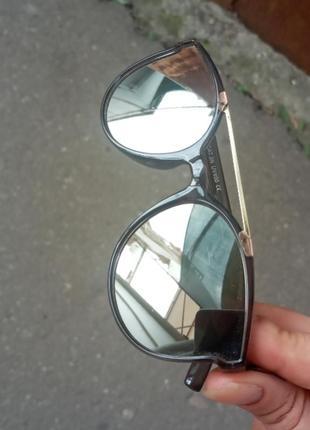 Стильные качественные очки для мальчика и для девочки серебряного цвета