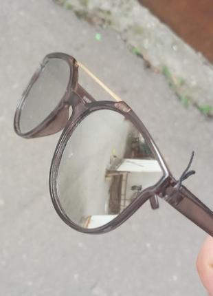 Стильные качественные очки для мальчика и для девочки серебряные
