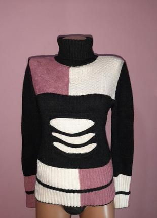 Брендовый очень теплый стильный свитер