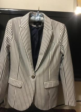 Пиджак  трикотажный в полосочку от h&m