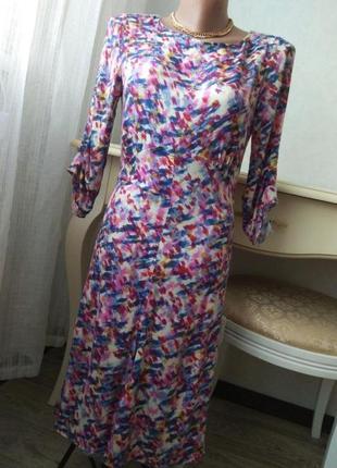 Очень красивое легкое платье по фигуре 🌺