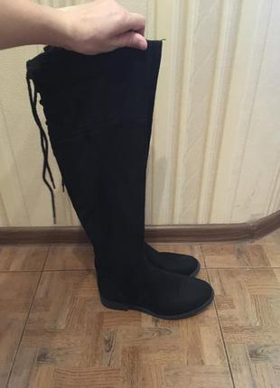 Высокие сапоги , ботфорты фирменные new look