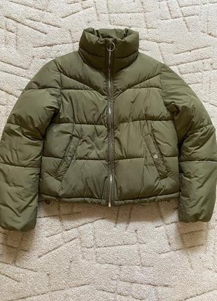 Короткий пуховик / куртка bershka