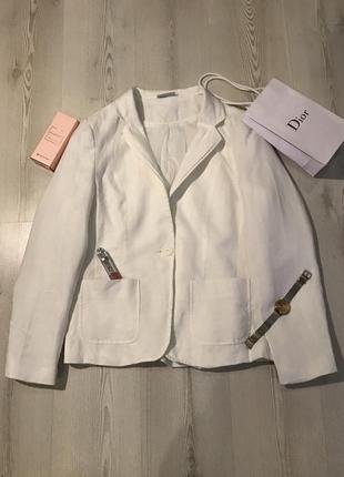 Стильный фактурный жакет,пиджак .