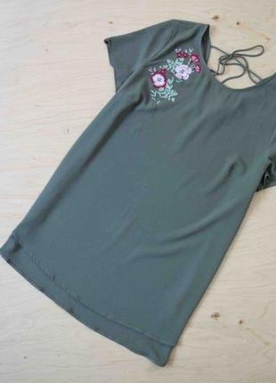 Красивая  легкая блуза с вышивкой new look