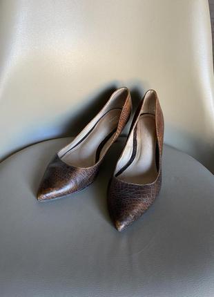 Туфли на полною стопу рр 39 100% кожа