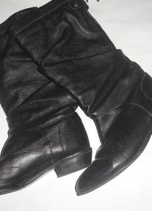 Фирменные кожаные демисезонные сапоги на 41 размер