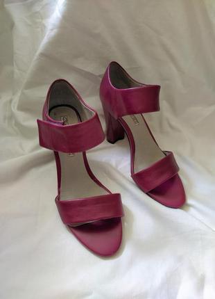 Босоножки, туфли, сандалии