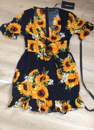 Плаття з соняхами
