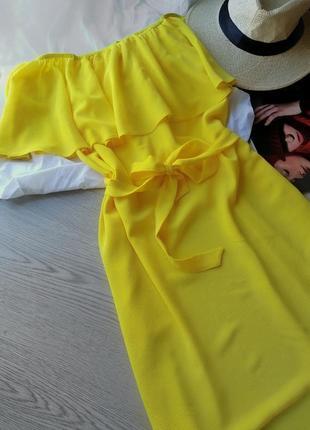 Крутое яркое желтое платье на плечики new look