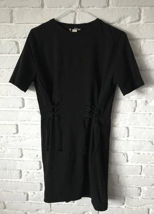 Платье футболка со шнуровкой из очень качественного плотного хлопка h&m