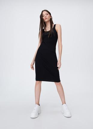 Sinsay базовое миди платье в рубчик р.s