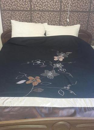 Комплект постельный с чёрной простынью