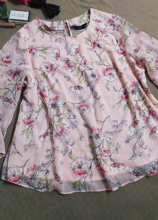 Пудровая блузочка в цветочек