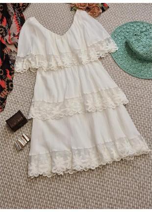 Белое натуральное платье с воланами и вышивкой h&m/летнее платье