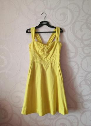 Яркое лимонное платье, ретро стиль