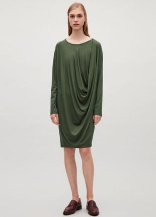 Новое платье хаки от cos xs s m лонгслив с драпировкой мили