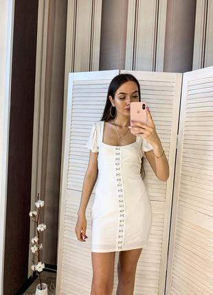 Белое платье. короткое платье. мини платье. белоснежное платье.