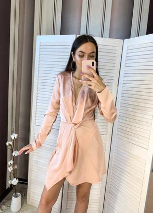 Розовое платье. пудровое платье. платье цвета пудры.