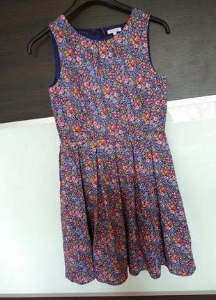 Летнее платье в цветочный принт bluezoo