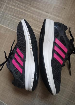 Кроссовки adidas размер 35