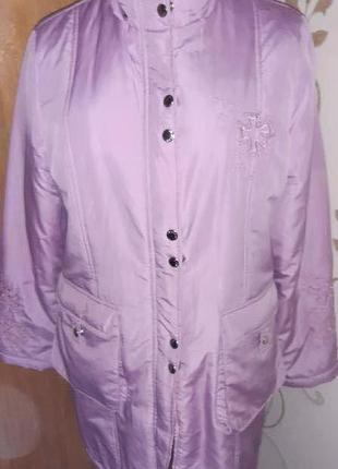 Рожева курточка l/xl на замочок