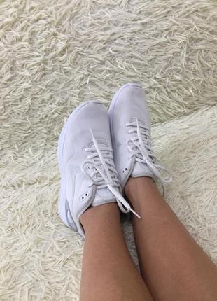 Кросівки nike виробник індонезія
