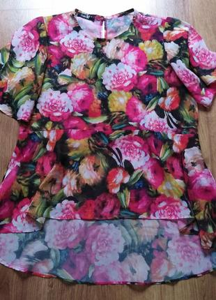 Блуза у квітковий принт