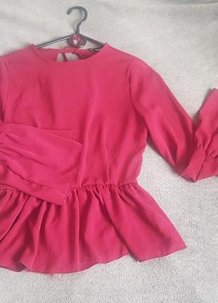 Блуза з відкритою спинкою