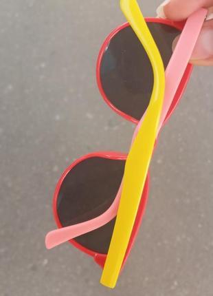 Стильные качественные актуальные универсальные необычные очки для девочек