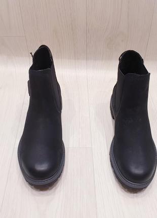 Tamaris - шикарные кожаные деми ботинки - 37